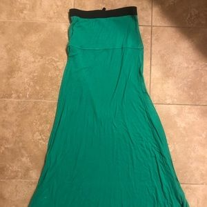 BCBG green XS maxi skirt